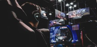 Pros and Cons of Online Gaming